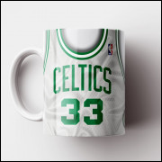 Caneca NBA Boston Celtics - Camisa Branca Retrô - Larry Bird - Porcelana 325ml