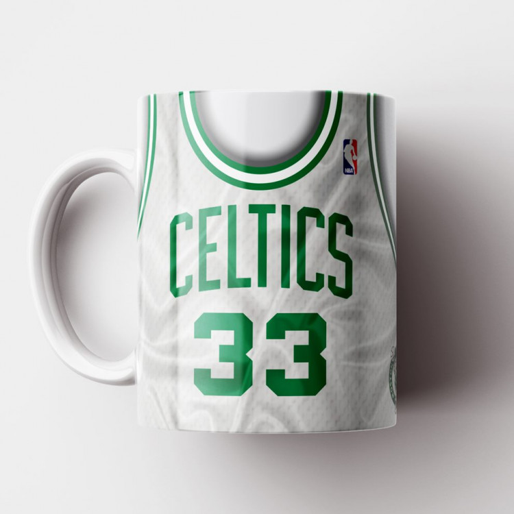 Caneca NBA Boston Celtics - Camisa Branca Retrô - Larry Bird - Porcelana 325ml