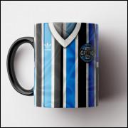 Caneca Grêmio - Camisa Listrada - Campeão Mundial 1983 - Porcelana 325ml