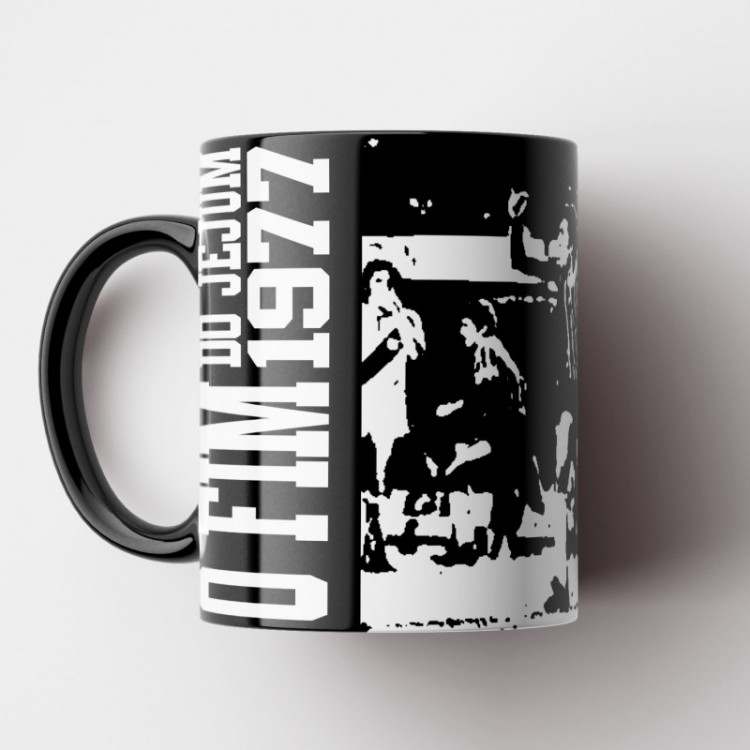 Caneca Corinthians - O Fim do Jejum 1977 (Coleção Grandes Momentos do Futebol) - Porcelana 325ml